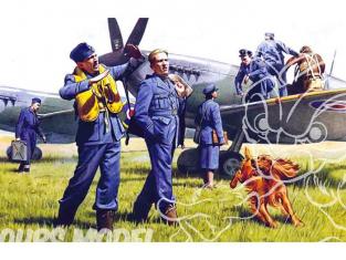 Icm maquette figurines 48081 Pilotes et personnel au sol RAF Royal Air Force 1/48