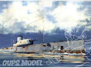 HOBBY BOSS maquette bateau 83522 S. M. Français Le Surcouf 1/350