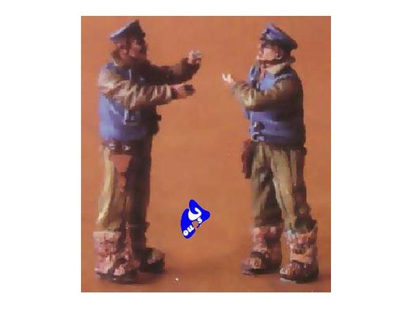 CMK figurine 48063 PILOTE SOVIETIQUE TENUE D&39HIVER 1/48