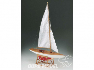 Corel bateaux bois SM51 Dragone Monotype classe internationale 1/25