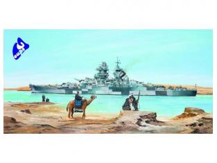 """Trumpeter maquette bateau 05311 CUIRASSE FRANCAIS """"RICHELIEU"""" 1943 1/350"""