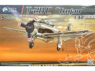 """NORTH AMERICAN T-28C """"TROJAN"""" 1/32 Kitty Hawk maquette avion 32015"""