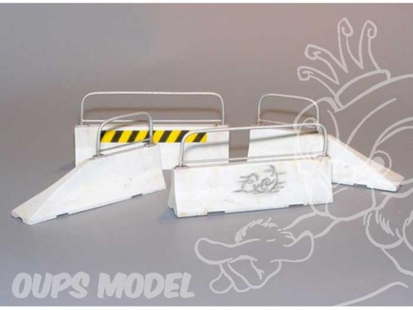 Plus Model 383 BLOCS DE BETON ROUTIERS (LONG) 1/35