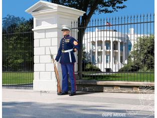 Revell figurine 02804 US Marine Maison blanche 1/16