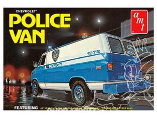 AMT maquette voiture 1123 Chevrolet Van Police 1/25