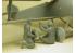 Copper State Models personel F32-028 RFC Air Mechanics installant les bombes 1/32