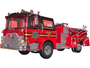 REVELL US maquette camion 1225 Camion de pompier Mack SnapTite 1/32