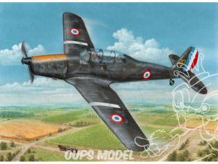 Special Hobby maquette avion 72409 Arado Ar 96B capturé et après la guerre 1/72