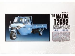 Arii maquette voiture 41018 Mazda T2000 1956 1/32