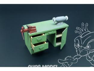Hauler accessoires diorama HLU35116 Établi avec table touret a meuler et étau 1/35