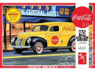 """AMT maquette camion 1161 1940 Ford Sedan """"Coca-Cola"""" Delivery Van 1/25"""