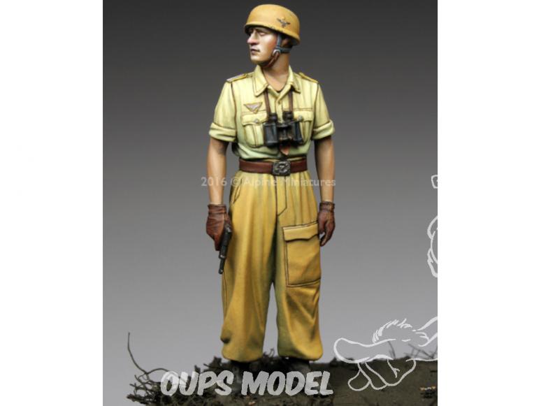 Alpine figurine 35220 Officier de la 1ère division FJ en Italie 1/35