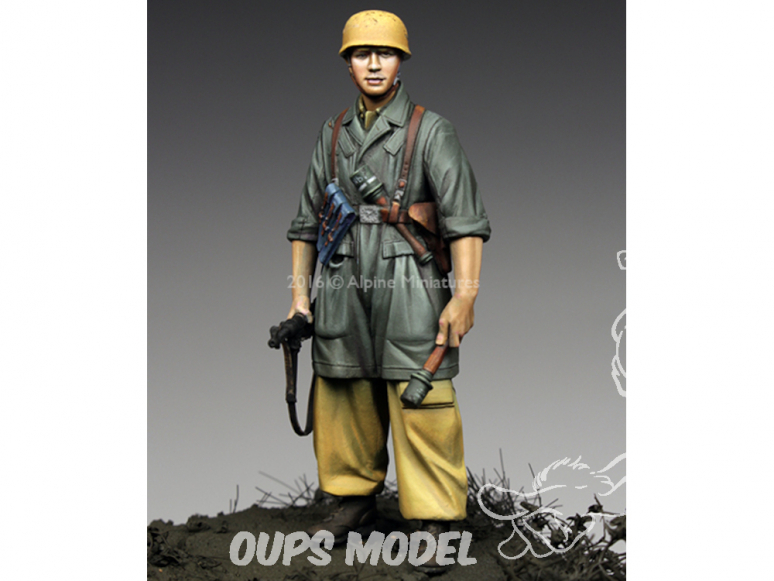 Alpine figurine 35221 NCO 1st FJ Division en Italie 1/35