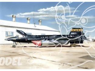 Special Hobby maquette avion 32031 X-15A-2 avec Chariot au sol 1/32