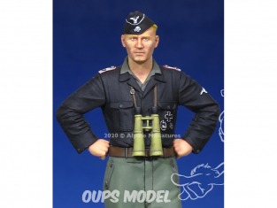 Alpine figurine 35172 WSS Panzer Officer 1/35