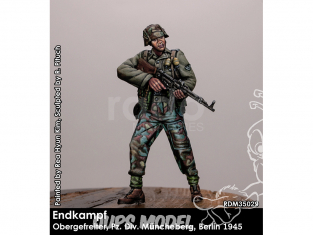 Rado miniatures figurines RDM35029 Combat final - Obergefreiter - Pz. Div. Müncheberg Berlin 1945 1/35