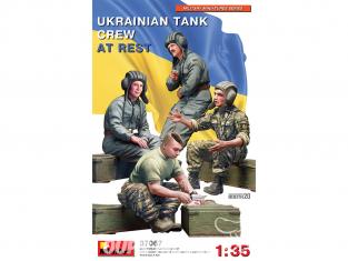 Mini Art maquette militaire 37067 ÉQUIPAGE AU REPOS DE CHAR UKRAINIEN 1/35