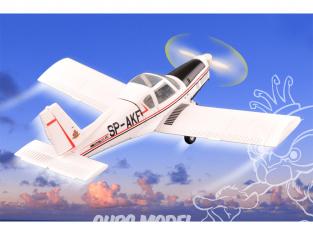 Hobby boss maquette avion 80299 Zlin Z-42M 1/72