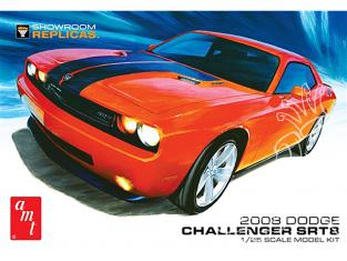 AMT maquette camion 1075 Dodge Challenger SRT8 1/25