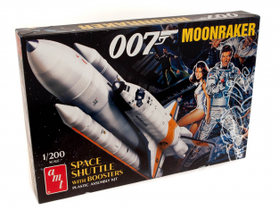 Amt maquette film 1208 Navette Moonraker avec Boosters James Bond 1/200