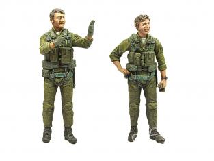 Hobby Fan kit personnages HF757 Pilote pilote du F-4 Ghost II de la marine de la guerre du Vietnam (Duo) 1/32
