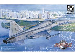 AFV maquette avion 48S08 RF-5S SINGAPORE AIR FORCE 1/48