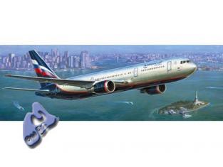 Zvezda maquette avion 7005 Boeing 767-300 1/144