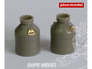 Plus Model Diorama EL068 Deux Barils en plastique 1/35