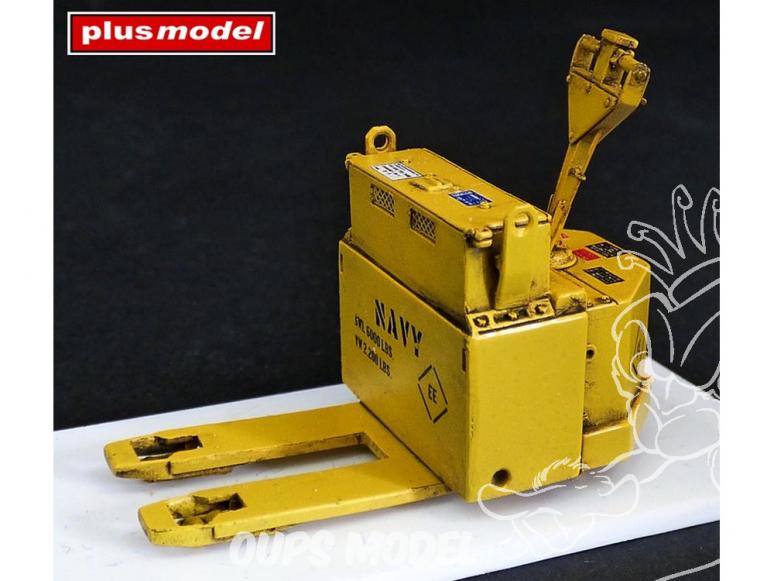 Plus Model kit militaire 4053 Transpalette Blue Giant 1/48