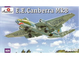 Amodel maquettes avion 1429 English Electric Canberra Mk.8 1/144