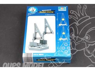 TRUMPETER Outillage maquette 09914 2 PINCES DE SERRAGE POUR MODELISME