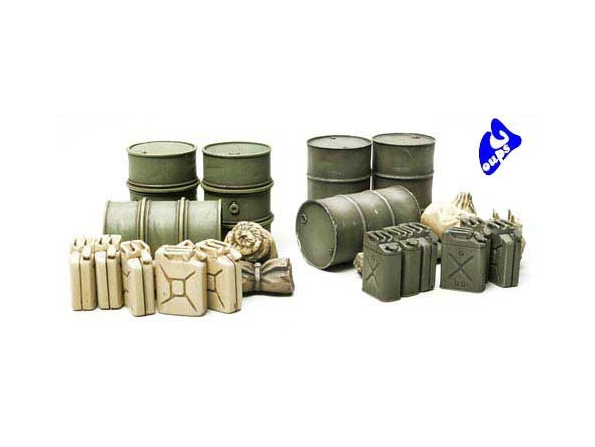 tamiya maquette militaire 32510 Jerrycans et Paquetages 1/48
