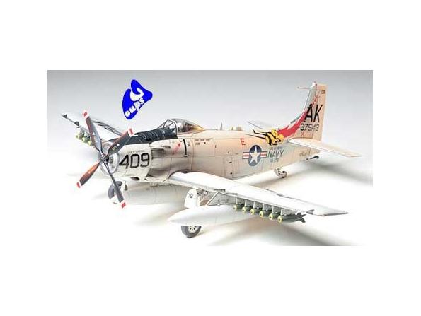 tamiya maquette avion 61058 Douglas Skyraider AD-6 (A-1H) 1/48