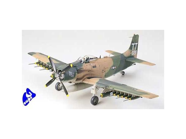 tamiya maquette avion 61073 Douglas A-1J Skyraider USAF 1/48