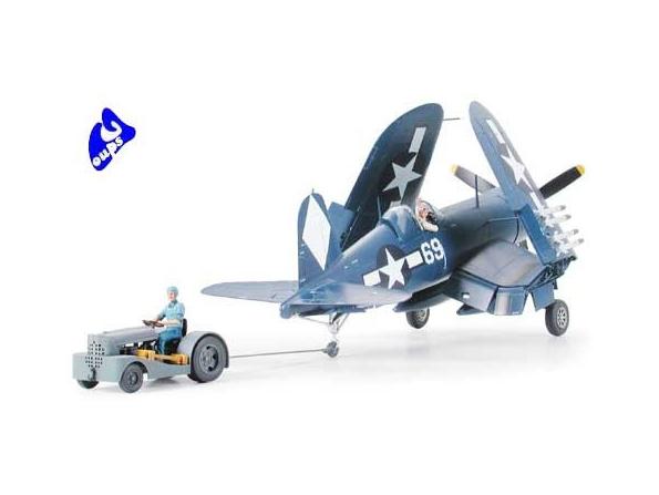 tamiya maquette avion 61085 Vought F4U-1D Corsair - w/Moto Tug 1/48