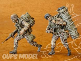CMK figurine f35071 EQUIPAGE UH 60 U.S.AIRBONE 1/35
