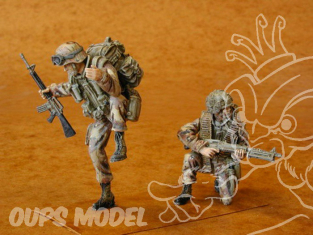 CMK figurine f35072 EQUIPAGE UH 60 U.S.AIRBONE 1/35