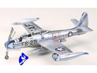 tamiya maquette avion 60745 F-84G  1/72