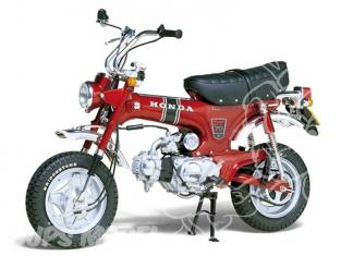Tamiya maquette moto 16002 Honda DAX Export ST70 1/6