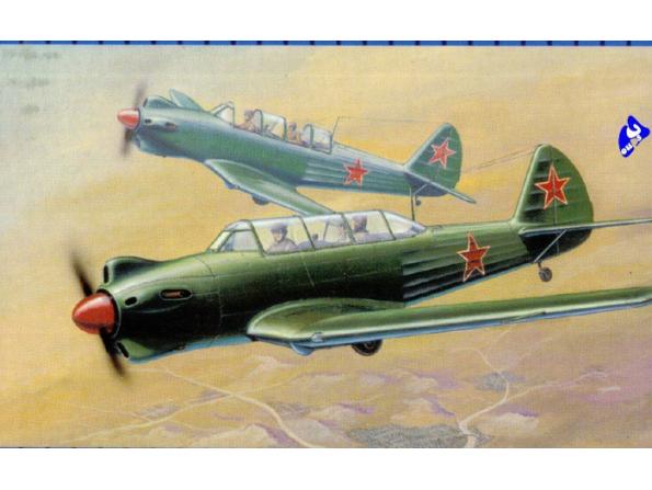 Trumpeter maquette avion 02213 YAKOVLEV YAK-18 1/32