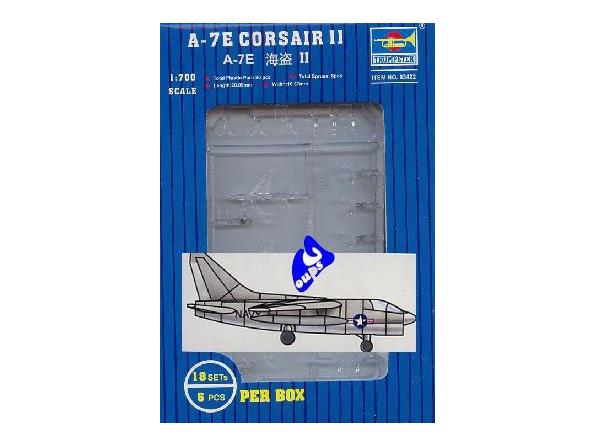 Trumpeter maquette avion 03422 A-7E CORSAIR II 1/700