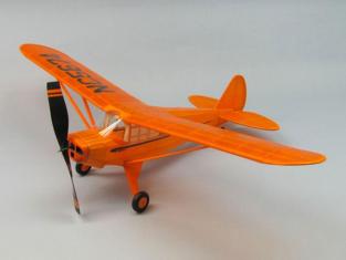 Maquette DUMAS AIRCRAFT 330 PIPER J4-E CUB COUPE