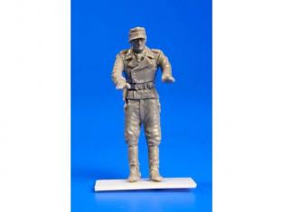 Cmk figurine F48279 Commandant de char allemand WWII 1/48