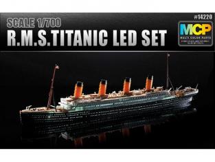 Academy maquette bateau 14220 RMS TITANIC Led Set MCP 1/700