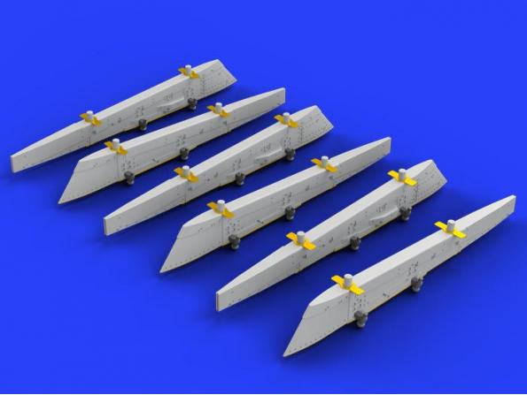 Eduard kit d'amelioration avion brassin 648262 Danish pylons Draken Eduard 1/48