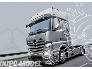 Italeri maquette camion 3905 Mercedes Benz Actros MP4 Gigaspace 1/24